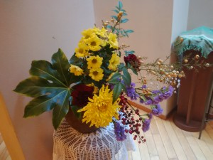メンバーのMさんが献げてくださったお花