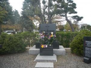 大阪淡路教会墓地