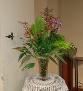 メンバーのMさんが献げてくださったお花です